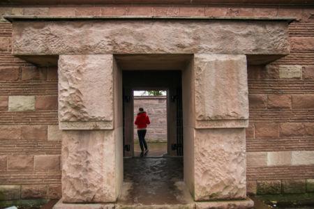 Eingangsportal Friedhof Langemarck