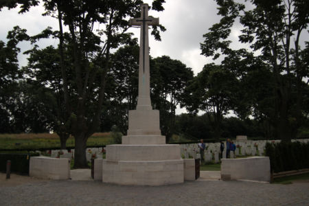 Kreuz Essex Farm Cemetery